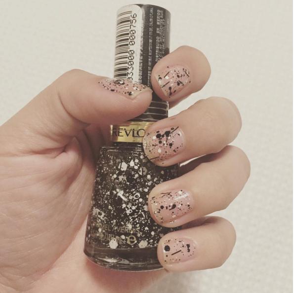 Pin de Aida De Hoyos en Nails | Diseños de uñas con puntos