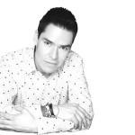 Toño Esquinca - Antonio Esquinca / @aesquinca