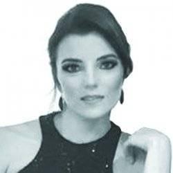 María Esquivel